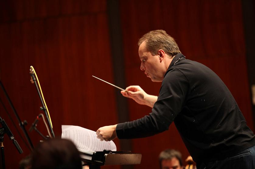 (c) Droits réservés - Nicolas Chalvin - Enregistrement au Studio Ansermet, Genève - février 2014. Photo : Yannick Perrin